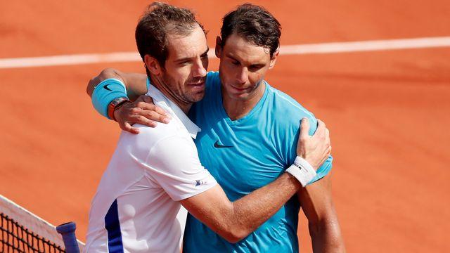 Les deux amis, Richard Gasquet et Rafael Nadal après leur match remporté par ce dernier. [Ian Langsdon - Keystone]