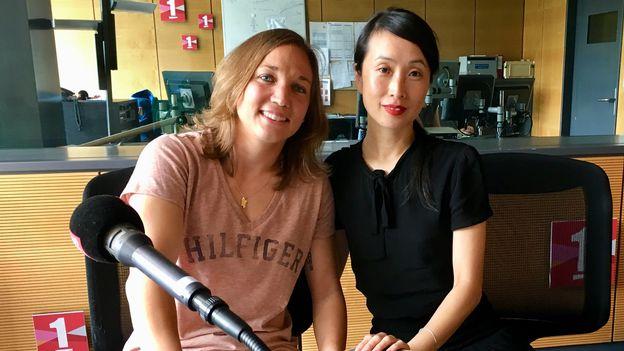 Pour la première fois, Gaëlle Thalmann, gardienne de football, rencontre l'écrivaine Laure Mi Hyun Croset. Sébastien Blanc RTS [Sébastien Blanc - RTS]