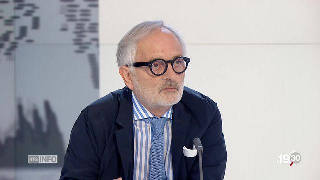 Cancer du sein - découverte: les explications du professeur André-Pascal Sappino, oncologue [RTS]