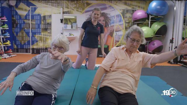 Seniors: programme néerlandais pour apprendre à gérer les chutes [RTS]