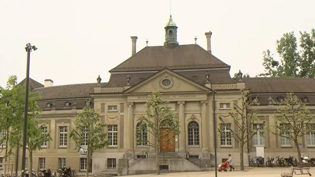 La bibliothèque cantonale de Fribourg sera rénovée pour 2023. [RTS]