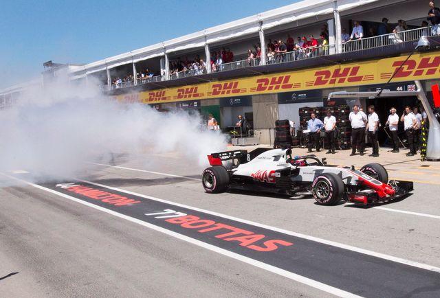 Problème de moteur pour Romain Grosjean lors des essais à Montréal. [Ryan Remiorz - Keystone]