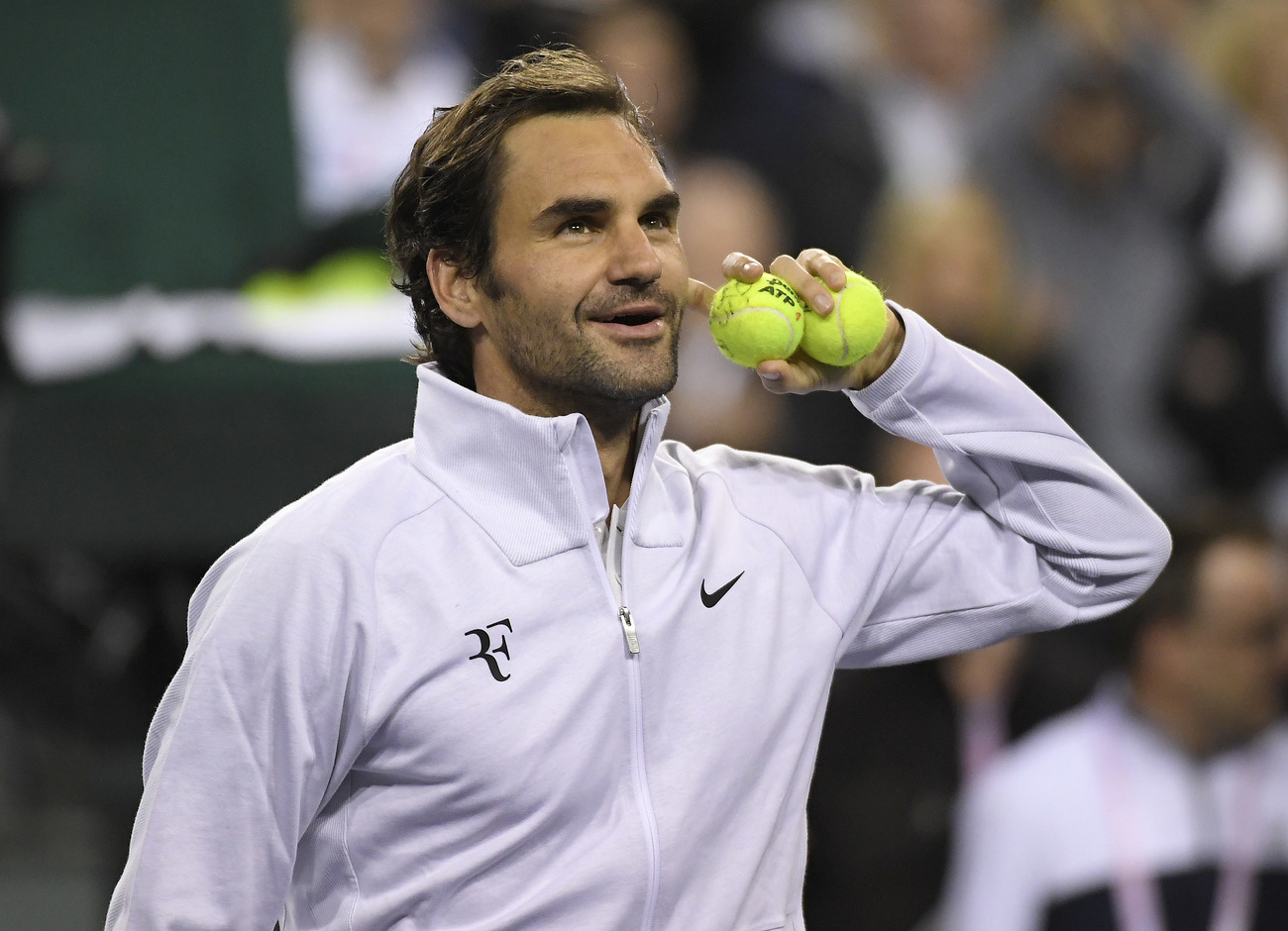 Roger Federer en mode diesel pour son retour à la compétition — Stuttgart