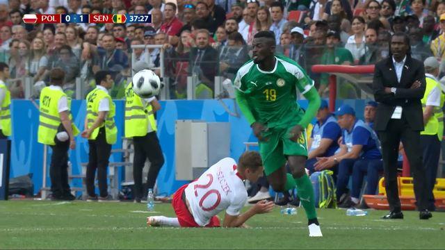 Gr.H, Pologne - Sénégal (0-1): 37e, Cionek trompe son propre gardien [RTS]