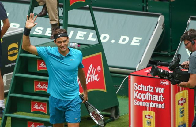 Roger Federer s'est défait d'Aljaz Bedene au 1er tour d'Halle. [Friso Gentsch - Keystone]
