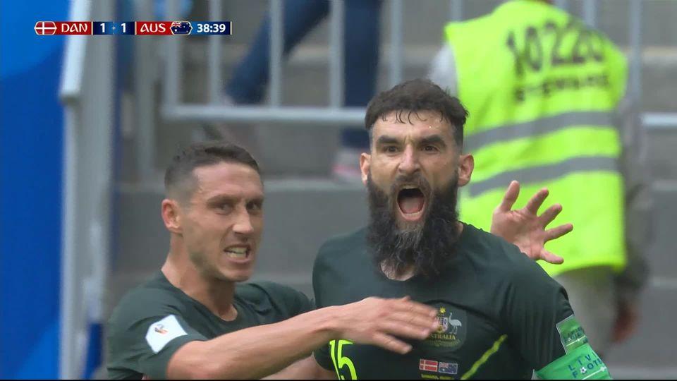 Gr.C, Danemark - Australie (1-1): 38e, Jedinak égalise sur un penalty attribué par la VAR [RTS]