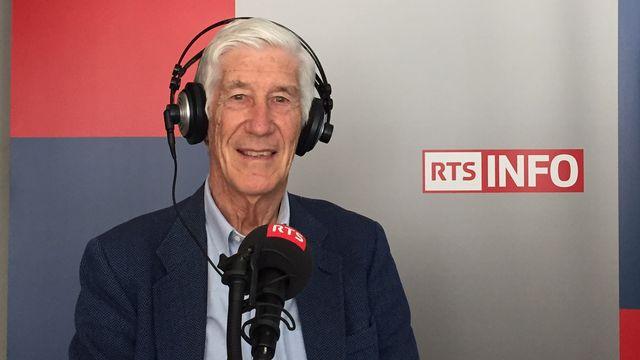 Le grand scientifique Joël de Rosnay, dans nos studios parisiens. Bertrand Bichaud RTS [Bertrand Bichaud - RTS]