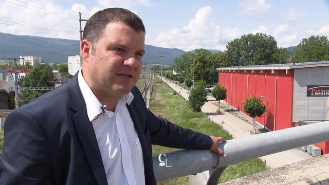 JU: le maire de Delémont paye plus cher son électricité pour consommer du courant vert [RTS]