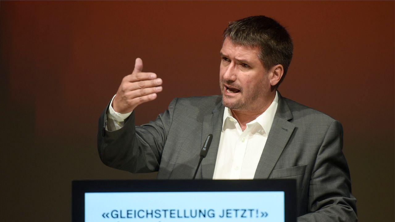 Le président du PS Christian Levra lors de l'assemblée des délégués du parti à Lausanne le 23 juin 2018. [Christian Brun - Keystone]