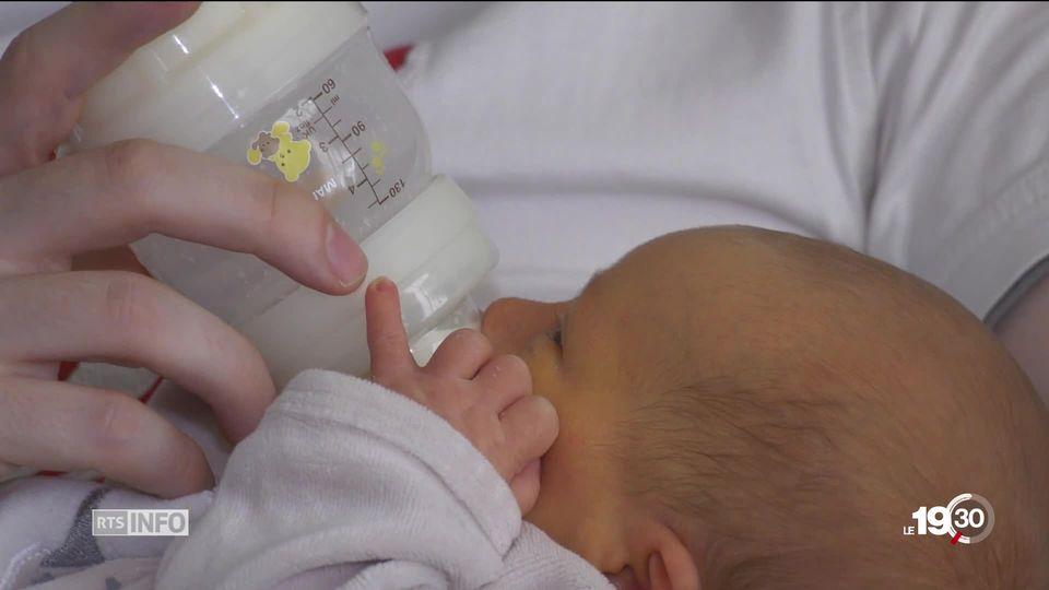 Lait en poudre pour bébé: certains fabricants n'hésitent pas à violer la loi de ce marché très réglementé [RTS]
