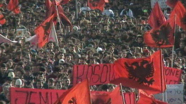 Les Kosovars de Suisse [RTS]