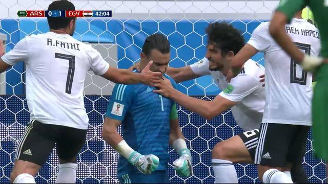 Gr.A, Arabie Saoudite - Egypte (0-1): 41e, El Hadary, le plus vieux joueur de la coupe du monde arrête un penalty [RTS]