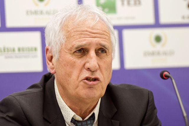 Bernard Challandes entraîne aujourd'hui l'équipe du Kosovo. [Visar Kryeziu - AP/Keystone]