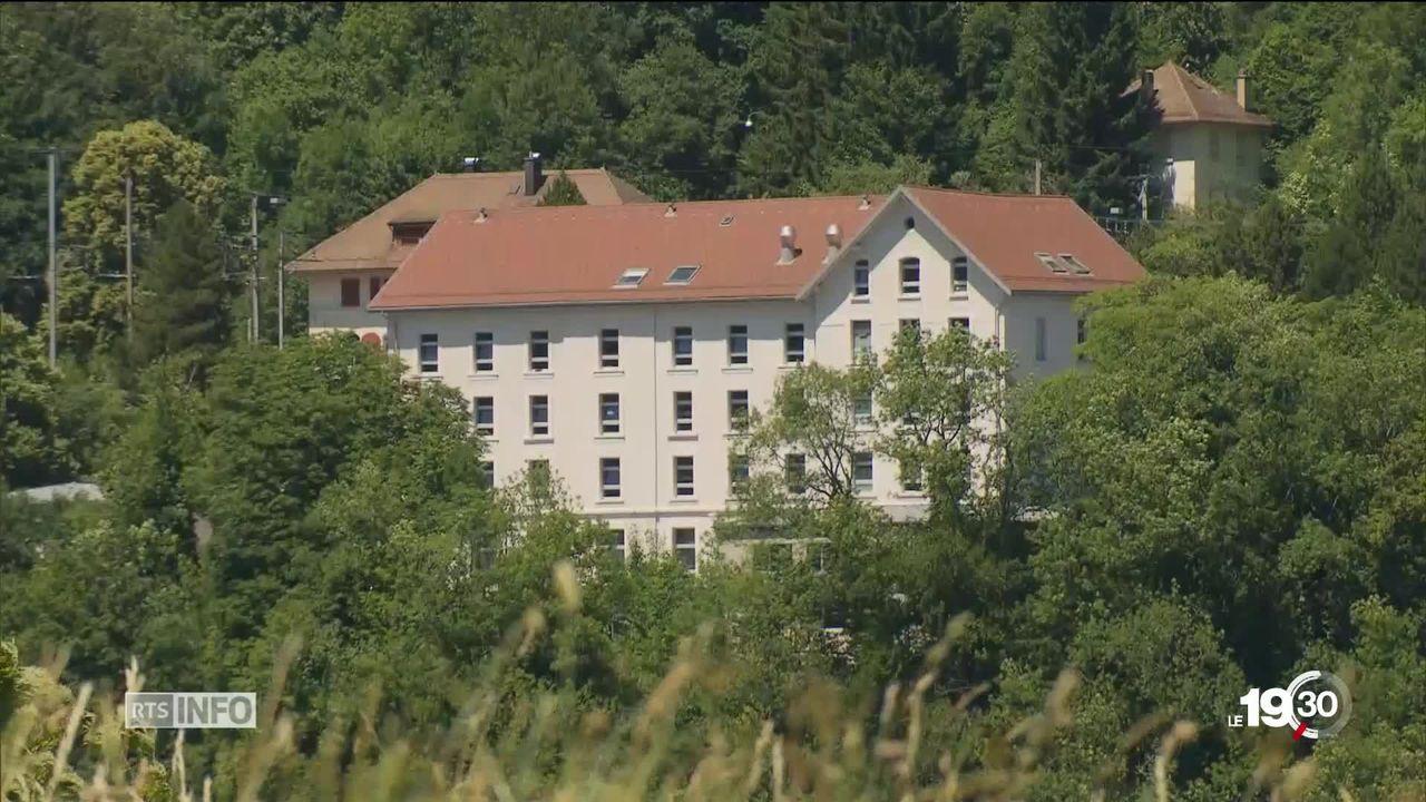 Vallorbe (VD): la commune accueillera le quatrième centre fédéral pour requérants d'asile de Suisse romande [RTS]