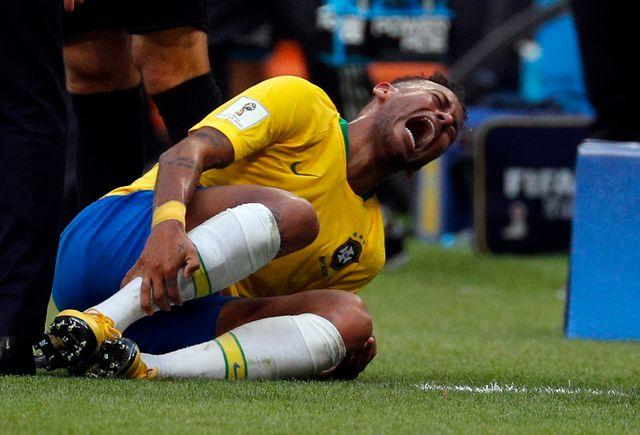 Neymar omniprésent en deuxième période face au Mexique
