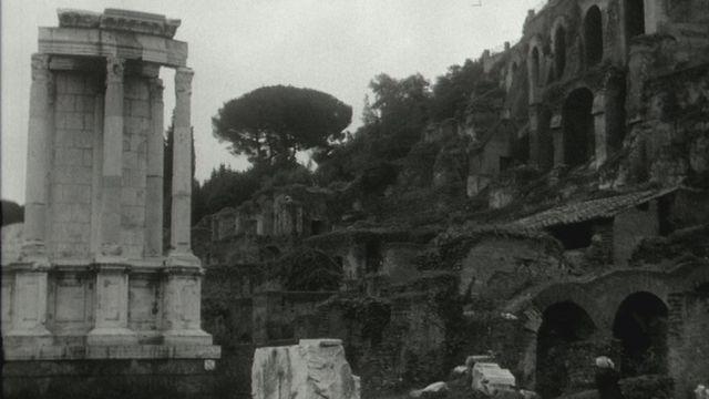 Le rôle de l'Institut suisse de Rome [RTS]