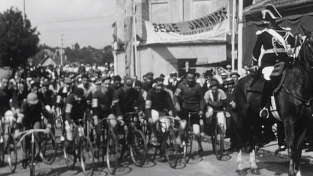 Le départ du Tour de France en 1903. [INA/RTS]
