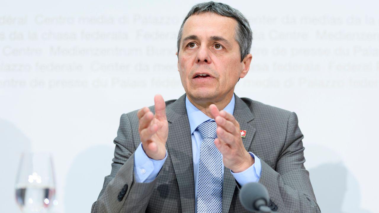 Le conseiller fédéral Ignazio Cassis lors de la conférence de presse de mercredi. [Anthony Anex - Keystone]