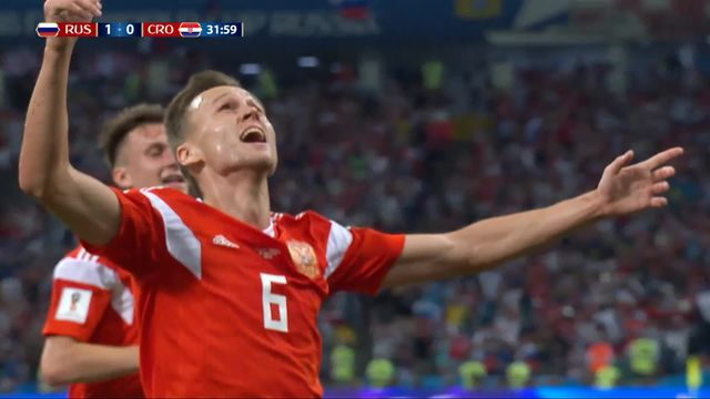 1-4, Russie - Croatie (1-0): 31e, Denis Cheryshev crucifie le gardien croate d'une frappe somptueuse en lucarne [RTS]