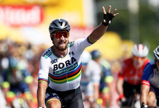 Peter Sagan ne s'est pas laissé surprendre dans le final de la 2e étape du Tour de France. [Yoan Valat - Keystone]