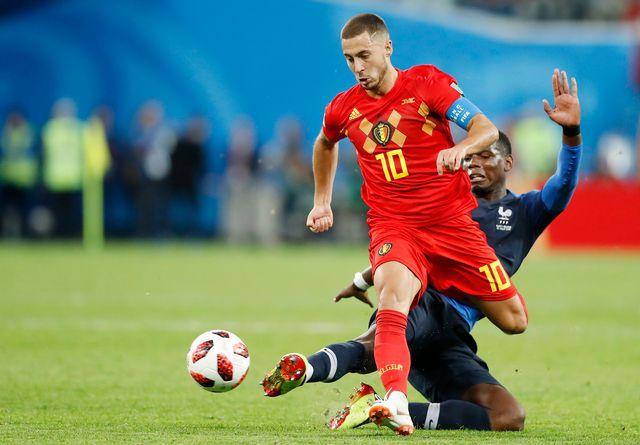 Hazard fait partie de ces joueurs capables d'avancer avec le ballon pour créer le danger. [David Vincent - Keystone]