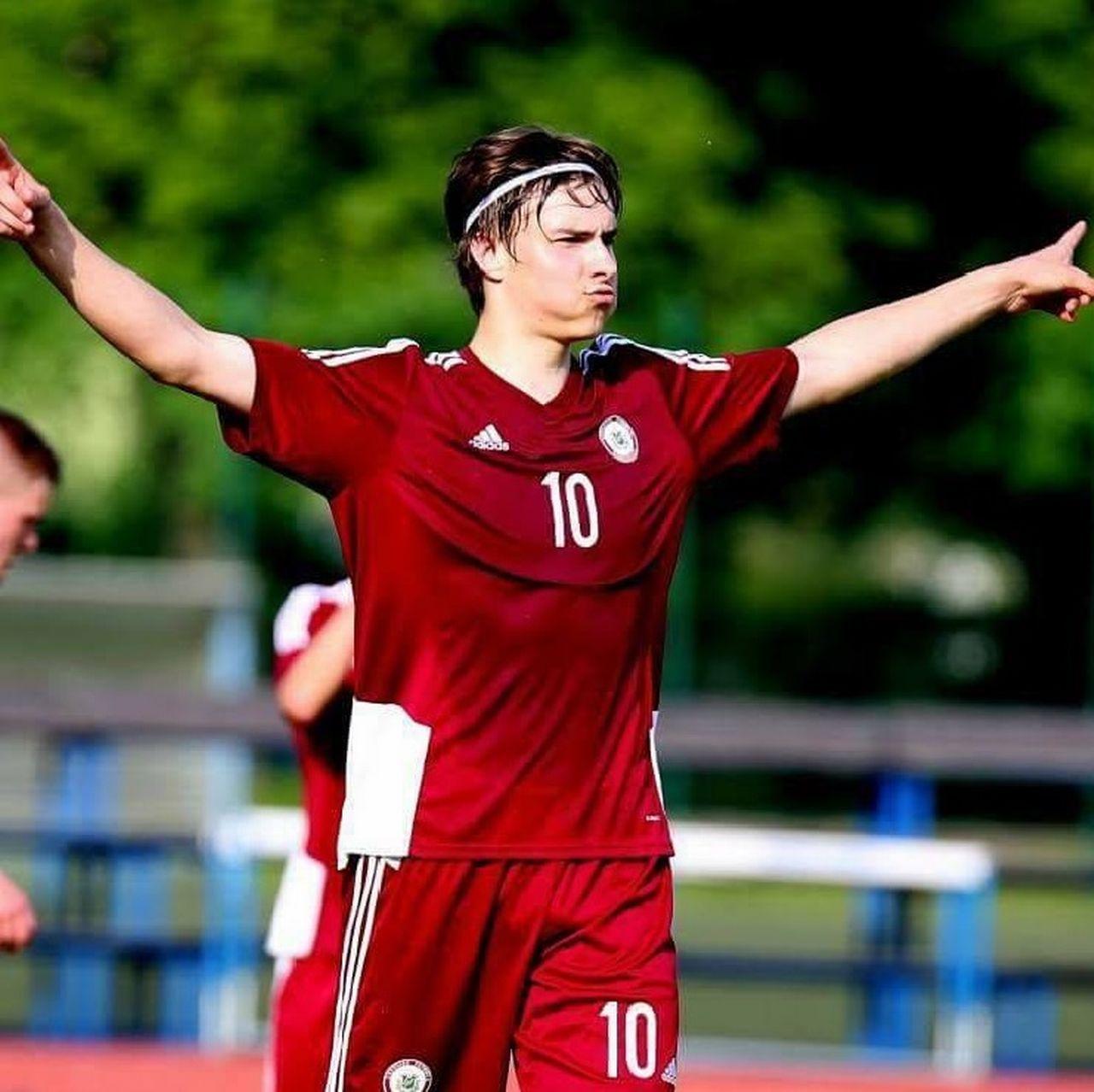 Roberts Uldrikis évoluera à Tourbillon pour les quatre prochaines années. [Facebook - SRI]