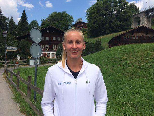 Malgré sa défaite au 1er tour à Gstaad, Jill Teichmann garde le sourire. [F.Galaud - RTS]