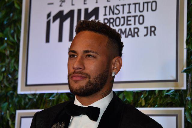 Neymar évoluera encore au Parc des Princes la saison prochaine. [Nelson Almeida - AFP]