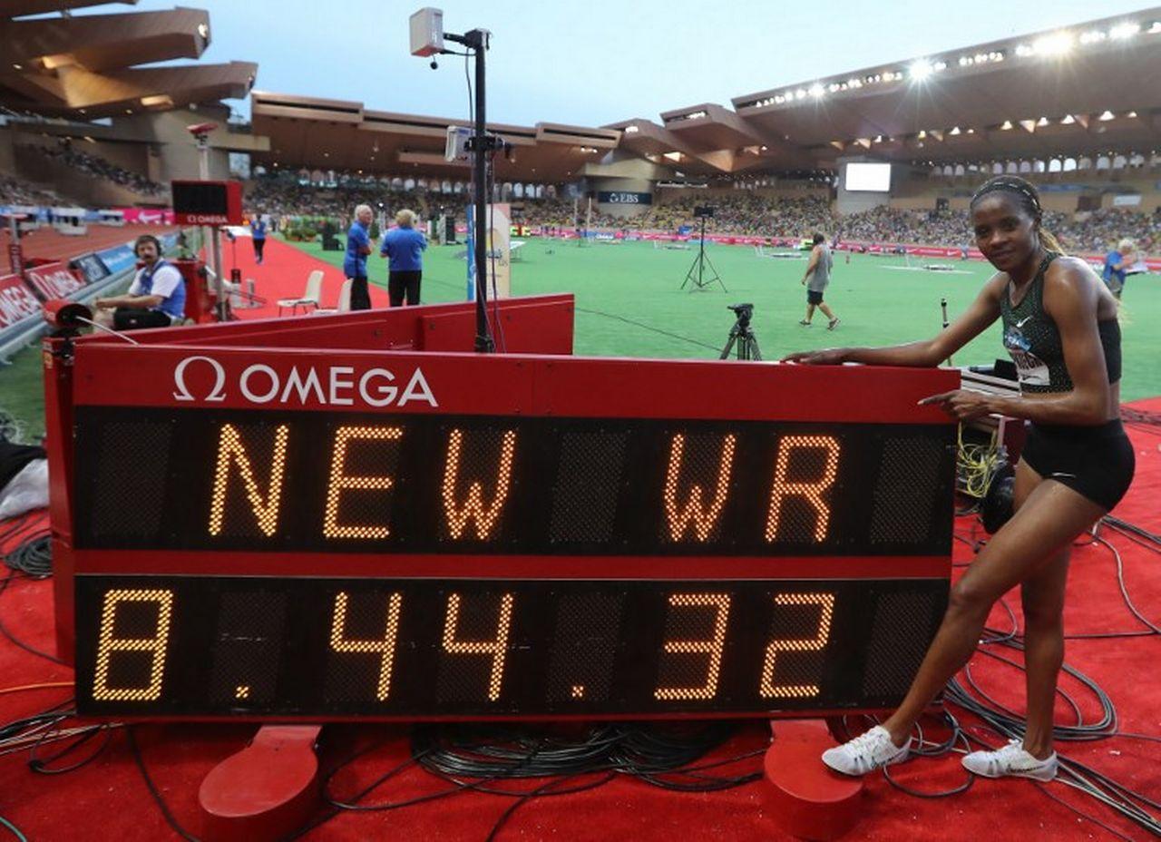 Beatrice Chepkoech a pulvérisé le record du monde du 3000 m steeple de près de 8 secondes. [Valery Hache - AFP]