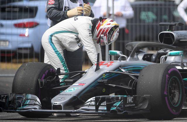 Hamilton a été victime d'un problème hydraulique en Q1. [Sebastian Gollnow - Keystone]