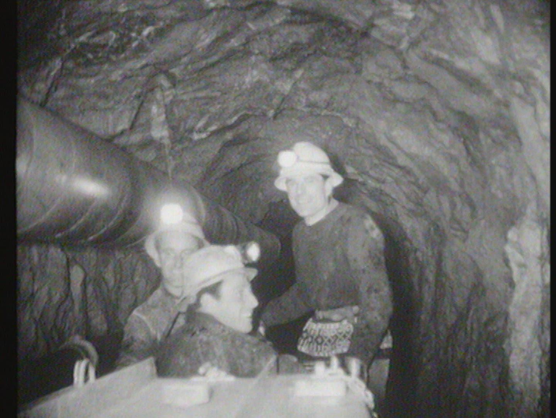 Percement du tunnel du <em>Dard</em> sur la commune d'Ollon (muet)