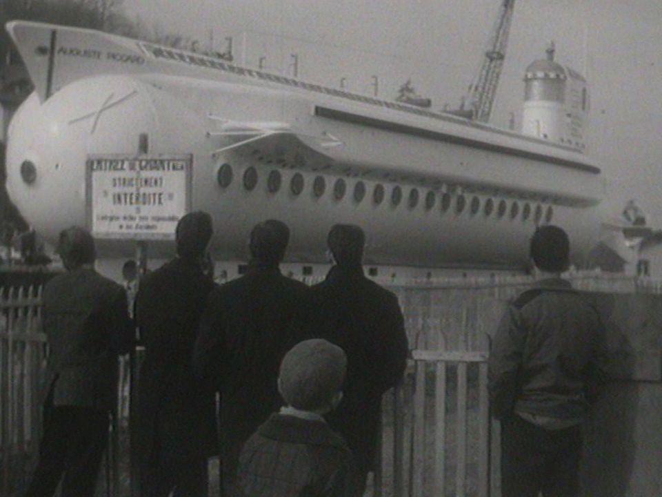 Le Mésoscaphe au Bouveret en 1964. [RTS]