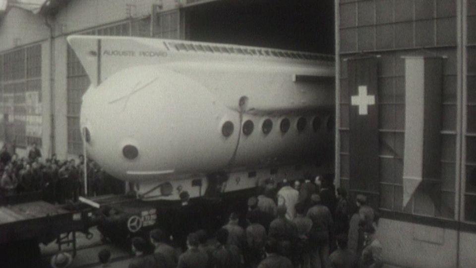 Sortie de l'usine du Mésoscaphe en 1964. [RTS]
