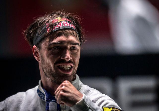 Le Suisse Max Heinzer après sa victoire face à l'Italien Santarelli, 26.07.2018. [Aleksandar Plavevski - EPA/Keystone]