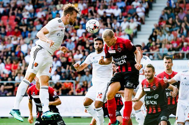 Xamax et le FC Bâle ont partagé l'enjeu. [Jean-Christophe Bott - Keystone]