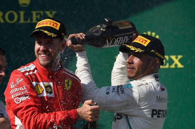 Un nouveau succès pour Lewis Hamilton (à dr.) [Tamas Kovacs - Keystone]
