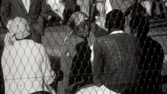En Rhodésie, 1965. [RTS]