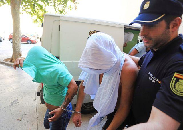 Jan Ullrich (au centre) a été arrêté samedi après-midi à Palma de Majorque. [Keystone]
