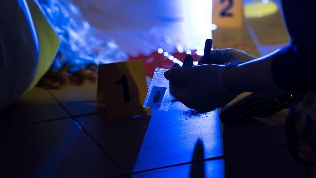 Comment détecter une trace biologique, comme le sperme, invisible à l'oeil nu sur une scène de crime? [Photographee.eu - Fotolia]