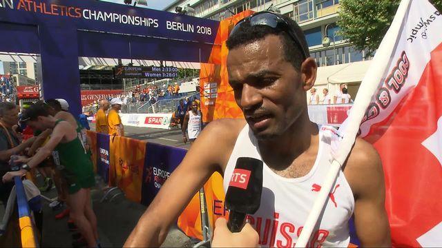 Athlétisme, marathon messieurs: Abraham (SUI) à l'interview après sa médaille d'argent [RTS]