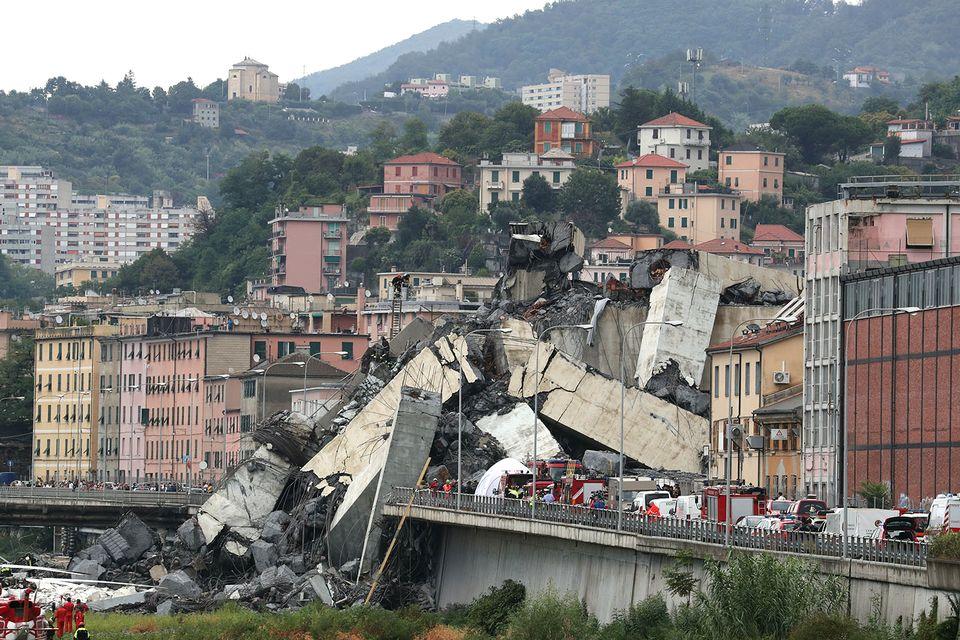 Le pont Morandi, long de 1,18 km, est un ouvrage en béton inauguré en 1967. [Stefano Rellandini - Reuters]