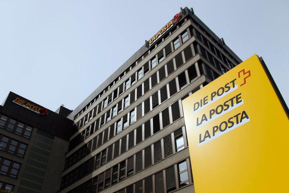 Le siège de La Poste à Berne. [Peter Klaunzer - Keystone]