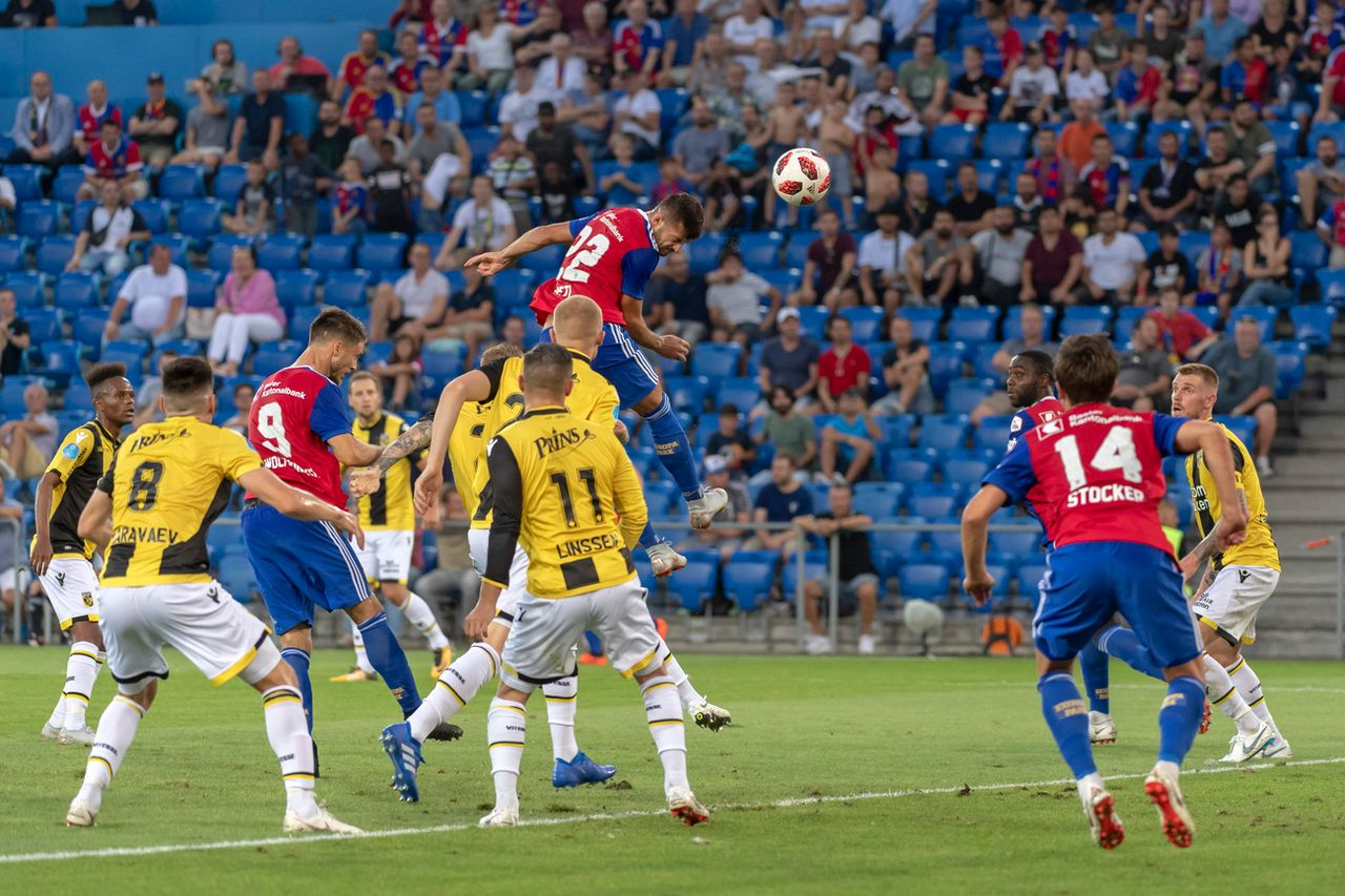 Alban Ajeti a ouvert le score de la tête. [Georgios Kefalas]