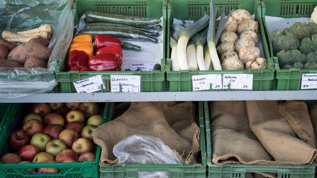 Des fruits et légumes photographiés dans le canton de Berne. [Peter Schneider - Keystone]