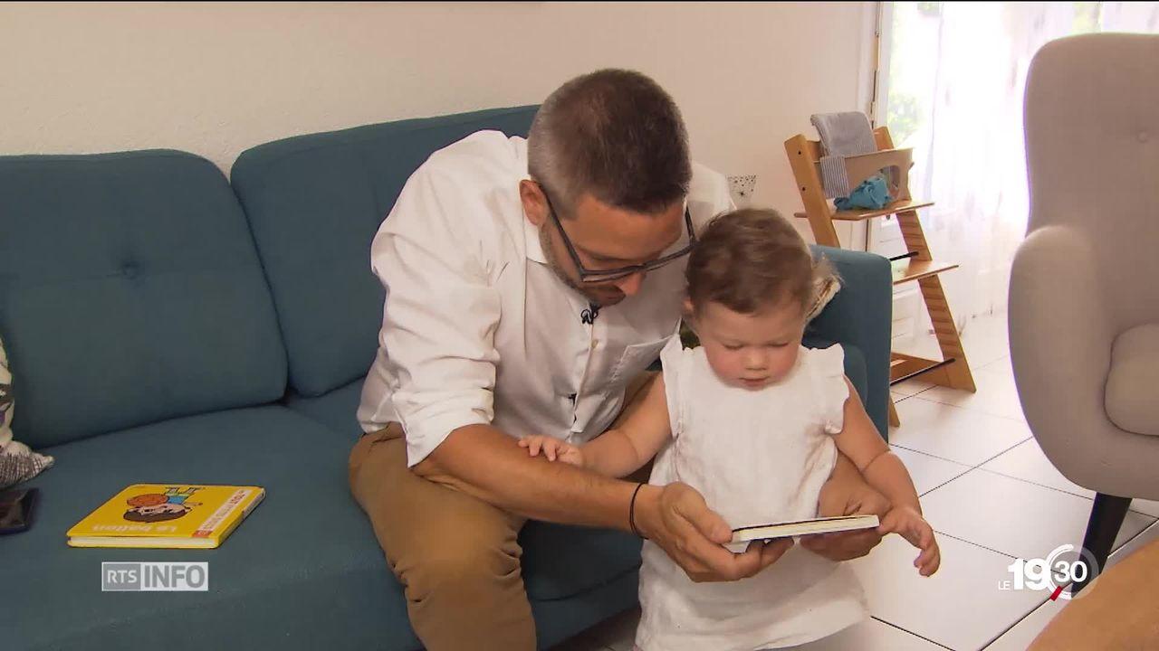 Une commission fédérale propose d'introduire un congé parental de 38 semaines [RTS]