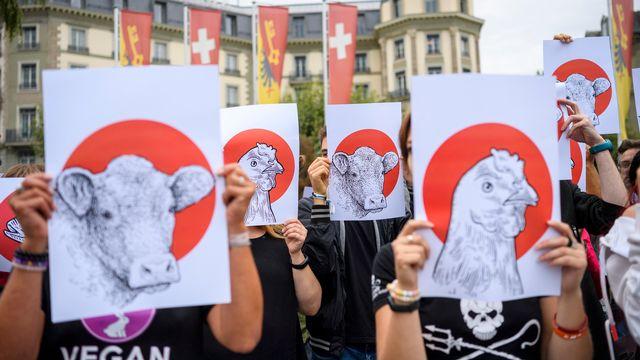 La marche antispéciste de samedi à Genève s'est déroulée dans le calme. [Martial Trezzini - Keystone]
