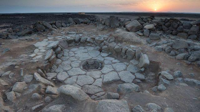 La structure et l'une des cheminées où les restes en forme de pain ont été découverts. Amaia Arranz-Otaegui et al. PNAS 2018;115:31:7925-7930 2018 by National Academy of Sciences [Amaia Arranz-Otaegui et al. PNAS 2018;115:31:7925-7930 - 2018 by National Academy of Sciences]