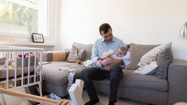 Congé paternité: enfin l'accouchement? [Gaëtan Bally - Keystone]