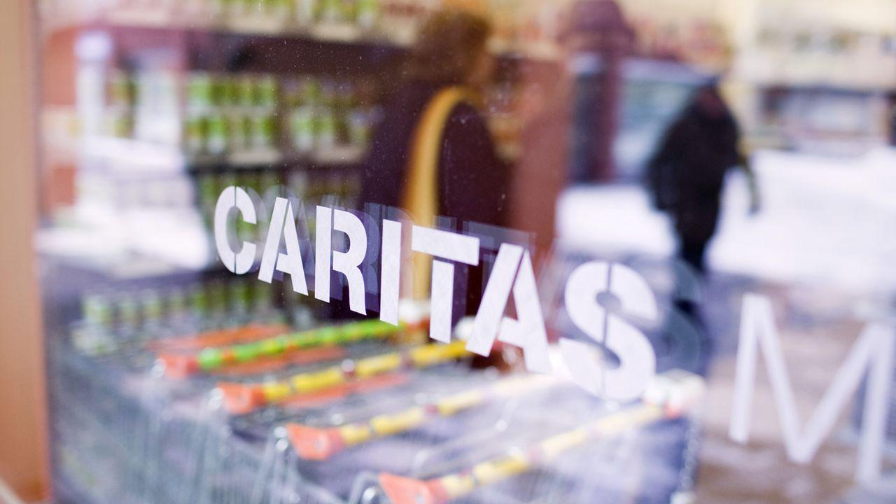 Un marché Caritas à Zurich. [Gaetan Bally - Keystone]