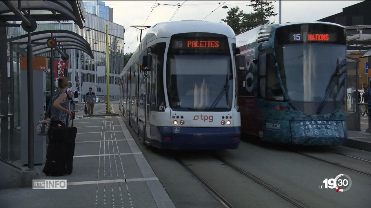 La Confédération donnera plus que prévu pour les routes et les projets d'agglomérations cantonaux. [RTS]